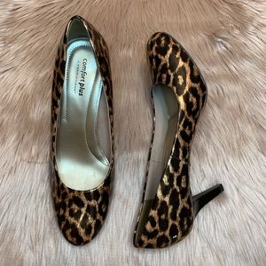 Comfort Plus Leopard Patent Leather Heel Size 8.5